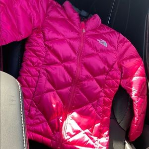North face girls jacket size 7/8